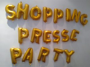 shopping press party 6